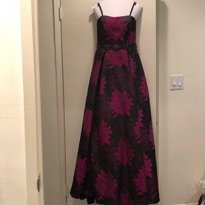 Jovani Floral Prom Dress. Size 4